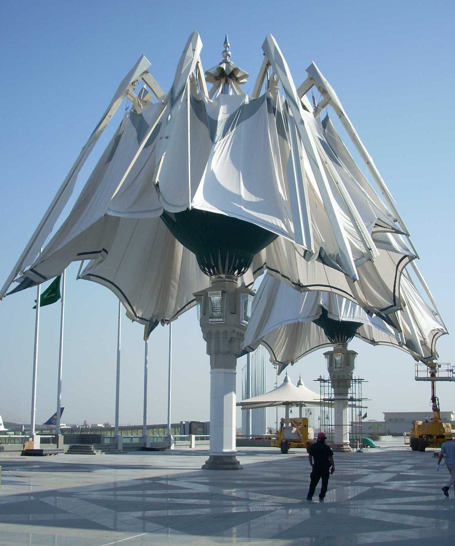 Royal terminal umbrellas jeddah saudi arabia sl rasch for Architecture upbrella