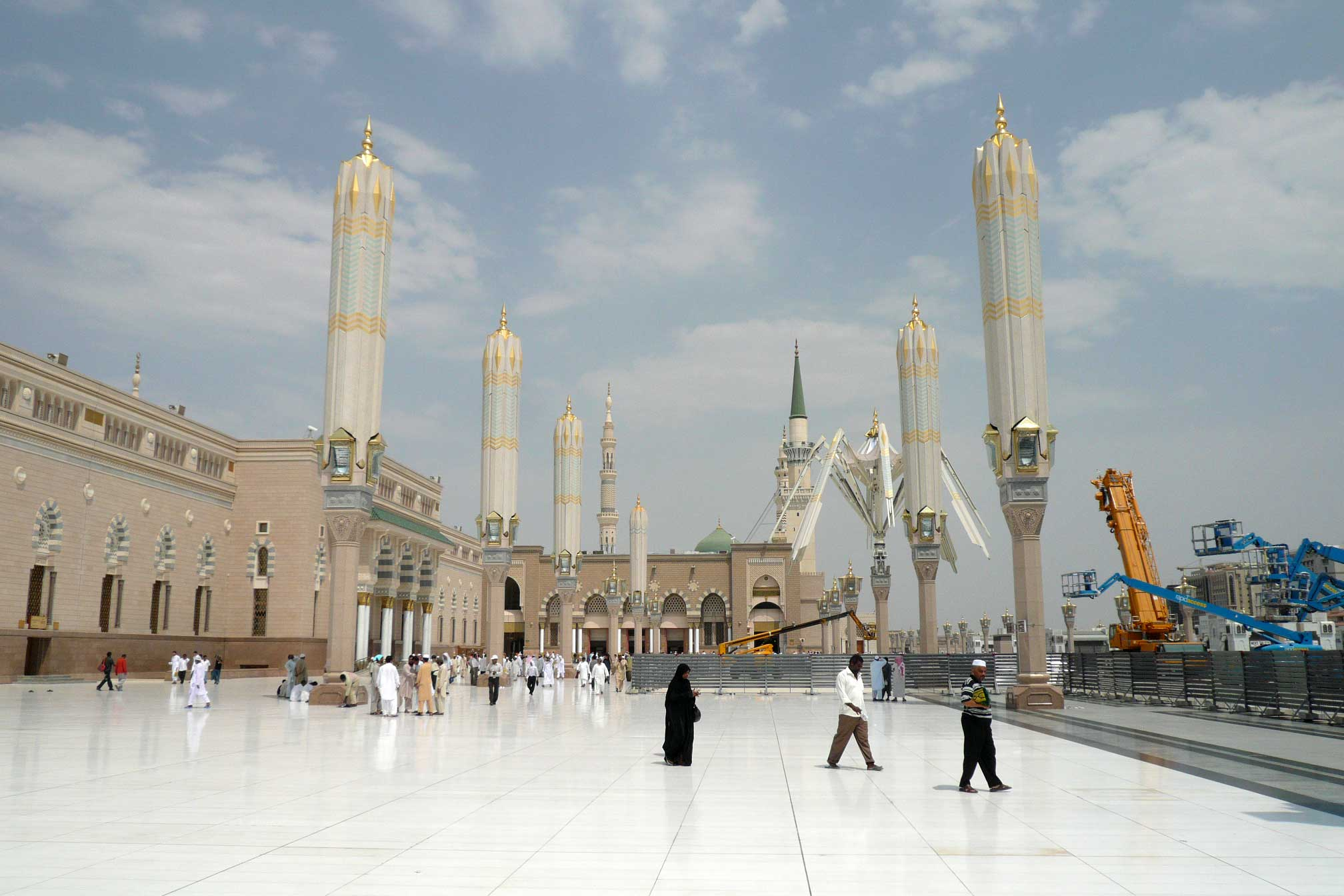 Umbrellas For The Piazza Of The Prophet 180 S Holy Mosque